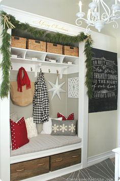 The House of Smiths - Christmas Entryway with Chalk Art from The Caravan Shoppe http://www.caravanshoppe.com/