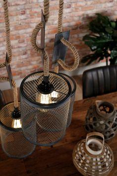 Recycle Paper, Brow Studio, Custom Metal, Hanging Lights, Wood Art, Diy Furniture, Diy And Crafts, Chandelier, Mesh