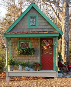 14 Whimsical Garden Shed Designs - Storage Shed Plans & Pictures Cute Cottage, Farm Cottage, Romantic Cottage, Cottage Gardens, She Sheds, Potting Sheds, Potting Benches, Shed Design, Garden Design