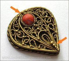 GORGEOUS all clay tutorial for a faux filigree pendant. Simply stunning! by polymerclayfimo: Обещанный мастер-класс по изготовлению филиграни (без краски)