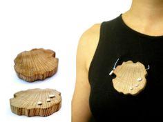 Carlos Silva - Pregadeira | Brooch madeira, prata, latão e aço wood, silver, brass and steel