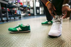 Trying On, Selling and Stealing Sneakers, One Shoe at a Time - The New York Times
