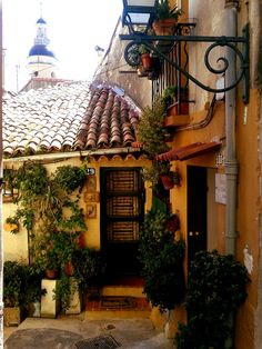 Charming house in Menton