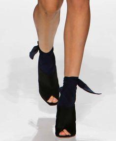 Stylish scarfed peep-toe heels. Christian DiorResort 2015 #scarf #Resort15