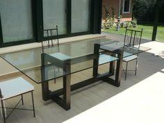 THASOS - mesa de comedor de cristal: Comedor de estilo  de GONZALO DE SALAS