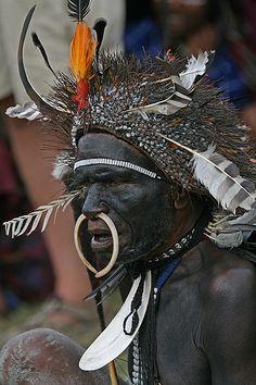 Indonesia | Portrait of a man participating at the Baliem Festival. Irian Jaya. West Papua | © Bertrand Linet. #PINdonesia