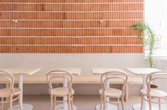 K&Co is a small restaurant in a peripheral neighborhood of Madrid. They perform a 'sustainable' kitchen, with the Ecocook certificate, and Plantea Estudio tr. Restaurant Madrid, Eclectic Restaurant, Cafe Restaurant, Restaurant Design, Cafe Interior, Office Interior Design, Office Interiors, Master Bath Tile, Objet Deco Design