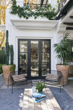 Awesome 30 best patio garden design ideas and low maintenance Source: worldeco . - Awesome 30 best patio garden design ideas and low maintenance Source: worldeco …… - Patio Design, Exterior Design, House Design, Wood Design, Chair Design, Modern Design, Patio Interior, Interior And Exterior, Black Exterior