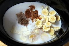 Overnight, Slow Cooker, Banana & Coconut Milk Steel-Cut Oatmeal--haven't tried yet, got to soon! Healthy Crockpot Recipes, Slow Cooker Recipes, Vegan Recipes, Yummy Recipes, Banana Coconut, Coconut Milk, What's For Breakfast, Breakfast Recipes, Steel Cut Oatmeal