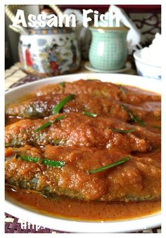 Assam Fish or Sour Fish is a Malaysian dish with sour, little spicy and a little sweetness from the fish that best served with white rice. Fish Recipes, Seafood Recipes, Spicy Fish Recipe, Fish Curry, Malaysian Food, White Rice, Seafood Dishes, Prawn, Simple House