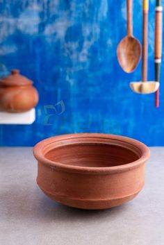 Make your kitchen traditional with the handcrafted collection of Clay cookware products such as Clay Cooking Pot , Clay Cookware kadai. Traditional Kitchen, Traditional Design, Wood Chopping Board, Hand Molding, Clay Pots, Kitchen Utensils, Handmade Shop, Earthenware, Cookware