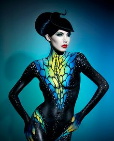 Photoshop body paint tutorial make up art, creative makeup, bodypainting frau, human art Body Art Photography, Digital Photography, Halloween Photography, Photographie Art Corps, Airbrush Body Paint, Om Tattoo, Photo Star, Art Tribal, Foto Poster
