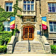 Queen's - located on the shores of Lake Ontario, this mid-size university is a great place to get a taste of Canadian life! Don't forget to tell us all about your study abroad experience there!