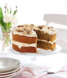 Coffee and walnut cake with tiramisu cream recipe. A decadent cake recipe strictly for the grown-ups - perfect for a lazy afternoon with friends and a large pot of tea. Tiramisu Cake, Coffee And Walnut Cake, Cake Recipes, Dessert Recipes, Easter Recipes, Decadent Cakes, Classic Cake, Cream Recipes, Recipes
