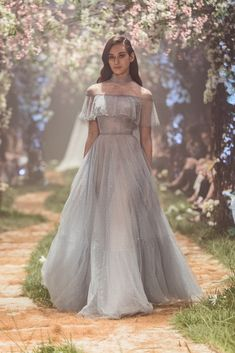 PSS/S1815 – Collared gown with ruffle detail and lattice embroidery