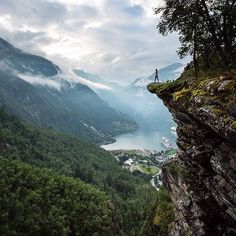 @thomaseckhoff young daugther exploring the outskirts of Geiranger, Norway!