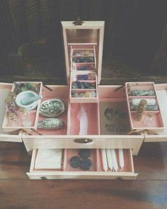Altar kit made from gently used jewelry box- GypsyKitten from Better Gnomes and Cauldrons on Facebook