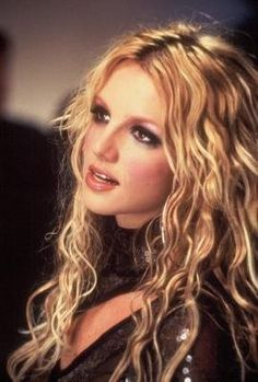 """Britney Spears - """"Stronger"""" music video pic"""