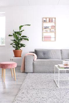 De velvet trend is here to stay - Stijlinge Modern Home Interior Design, Pretty Room, Studio Room, Happy House, Dream Apartment, Staying Organized, Living Room Inspiration, Living Room Decor, House Styles