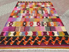 turkish-kilim-area-rug-83x123-fingers-pattern.jpg
