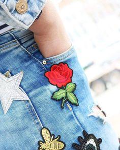 Neu und super modisch: Patches!👌🌴☉ #patches #summervibes #summeressentials #patch #outfit #schmuckwebshop #summer #trendy #ontrend #accesoires #collection #new #star #rose #denimjacket #denim #perlengrosshandel #special #lookinggood #hippen #fashionable #fashion #popular
