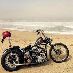 Harley Davidson News – Harley Davidson Bike Pics Harley Davidson Panhead, Classic Harley Davidson, Harley Bobber, Bobber Motorcycle, Harley Fatboy, Custom Bobber, Custom Motorcycles, Choppers, Old School Chopper