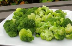 Simple Steamed Broccoli - it is supposed to take like Outback Steakhouse broccoli.