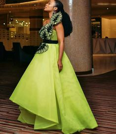 Tonight at # Dres African Formal Dress, African Wear Dresses, African Wedding Dress, African Traditional Dresses, African Attire, African Weddings, Event Dresses, Stunning Dresses, Couture Dresses