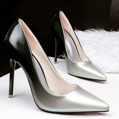 SHARE & Get it FREE | Pointed Toe Gradient Color Stiletto Heel PumpsFor Fashion Lovers only:80,000+ Items • New Arrivals Daily • Affordable Casual to Chic for Every Occasion Join Sammydress: Get YOUR $50 NOW!