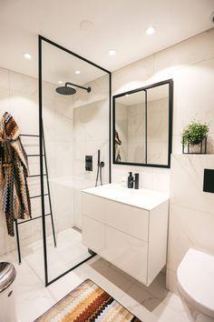 Bathroom Inspo, Bathroom Inspiration, Modern Bathroom, Latest Bathroom Designs, Dere, Bathroom Interior Design, Small Apartments, Building A House, New Homes