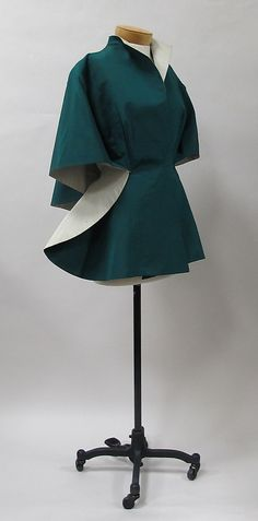 Evening jacket Charles James (American, born Great Britain, Date: Culture: American Medium: silk. Charles James, 1950s Fashion, Vintage Fashion, Edwardian Fashion, Vintage Dresses, Vintage Outfits, Fashion Designer, Fashion Project, Vintage Couture
