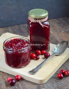 Cranberry Chutney, Easy Smoothie Recipes, Easy Smoothies, Compote Recipe, Coconut Milk Smoothie, Homemade Frappuccino, Coconut Recipes, Bakery, Marmalade