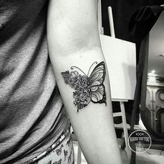 { #Inspirationsoftattoo } Artista:  @kadutattoo ⠀⠀⠀ Mais Tattoos em: @tatuagensnasfotos @inspiringblacktattoo ⠀⠀⠀⠀⠀⠀⠀⠀ •⠀⠀ #tattoo #tattoos #tatuagem #tats #instatattoo #tattooer #tattooartist #tattooed #tattoomagazine #tattooartwork #tatuaje #inkedmag #ink #tatuagemfeminina #tatuagensfemininas #inked #amazingink #bodyart #tattoooftheday #tattoo2me #inkedup #tat #tattoosofinstagram #tattooing #tattoodesign #tatuagens #equilattera