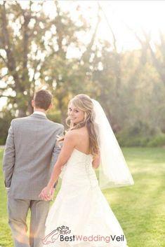Simple One Layer Tulle Bride Short Veil for Ivory Wedding Dress Ivory Wedding, Wedding Veils, Wedding Dresses, Heart Photography, Wedding Photography, Digital Photography, Photography Ideas, Veil Length, Fingertip Veil