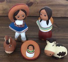 Un favorito personal de mi tienda Etsy https://www.etsy.com/es/listing/494587963/mexico-style-nativity-5-pieces