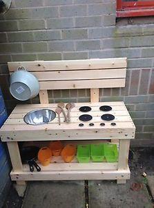 More dramatic play area ideas Outdoor Toys, Outdoor Play, Outdoor Decor, Dramatic Play Area, Wooden Kitchen, Mud, Nursery, Activities, Organising