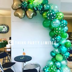 Ornament Wreath, Ornaments, St Patricks Day, Balloons, Decor Ideas, Wreaths, Party, Home Decor, Homemade Home Decor