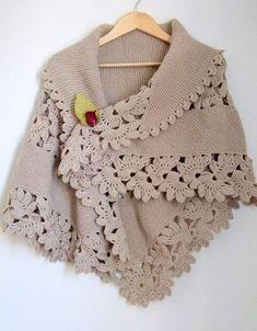 Triangle Shawl-Brown Shawl Beige Shawl by myknittingworld on Etsy Poncho Crochet, Knit Or Crochet, Knitted Shawls, Crochet Scarves, Crochet Clothes, Crochet Stitches, Crochet Edgings, Crochet Cardigan, Thread Crochet