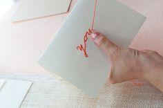 カードに刺繍