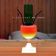 With the evenly spreading heatless light, LG OLED light panel makes the cocktail look gorgeous without melting the sherbet! To order an OLED panel, please contact a sales representative at ▶http://goo.gl/IEO2lw www.lgoledlight.com ‪#‎LG‬ ‪#‎OLED‬ ‪#‎light‬ ‪#‎cocktail‬