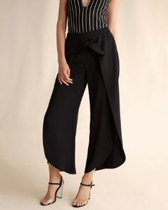 high waisted front knot cropped pant
