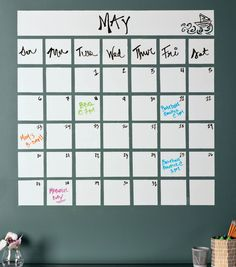 Office Organization // DIY Calendar