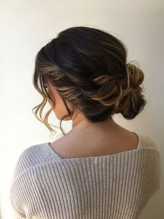 classy + elegant twisted updo style with face framing pieces   hair by goldplaited   #updo #weddinghair #promhair #wedding #hairstyle