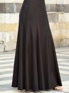 Fashion Tips Skirt Outfits Maxi Skirt Style, Long Skirt Outfits, Long Maxi Skirts, Flare Skirt, Dress Skirt, Mode Abaya, Mode Hijab, Modest Fashion, Fashion Dresses