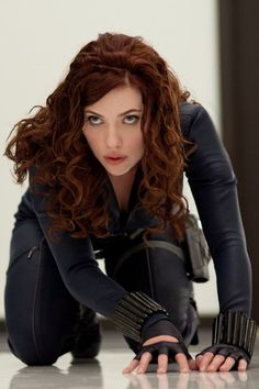 I LOVE her hair color in this! - Scarlet Johansson as Black Widow in Iron Man 2