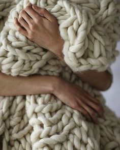 I'd like to see the knitting needles used to make this. How much roving did it take? Is it soft?