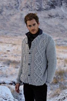 Men's hand knit cardigan 31A