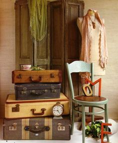 Display inspiration: mix new & vintage items together. #retail #merchandising #display