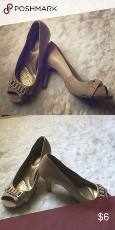 Matte gold/brown/tan peep-toe heel. Worn a couple times back in high school. Sat in my closet for months. Good condition. Shoes Heels