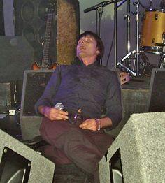 banderson doing normal people things Falling Asleep At Work, How To Fall Asleep, Brett Anderson, Normal People, Britpop, Besties, Handsome, Darts, Band